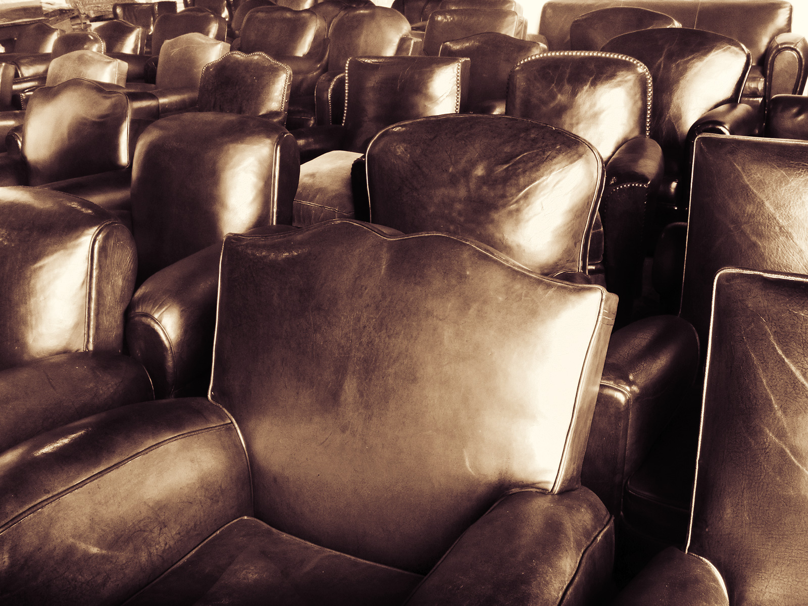 leather_club_chairs-stephen-austin-welch-director-photographer